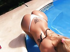 Amateur, Big Boobs, Big Butts, Blonde, Outdoor